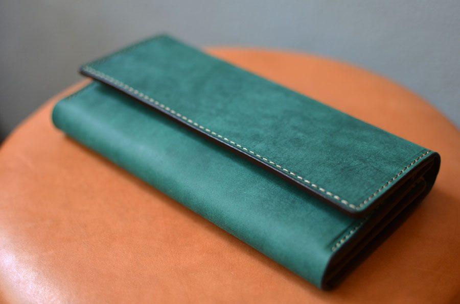 クラッチ財布