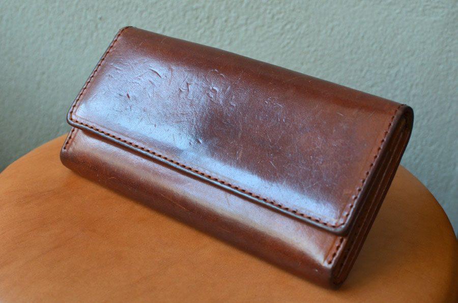 ヌメ革財布