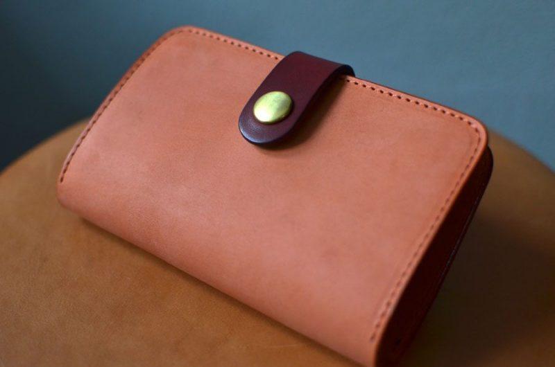 ファスナーミドル財布のベルト式