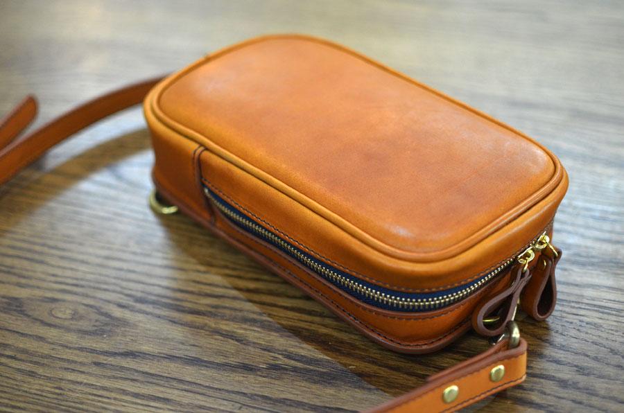ボディーバッグ 鞄