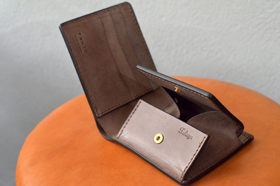 二つ折りBOX財布 こげ茶